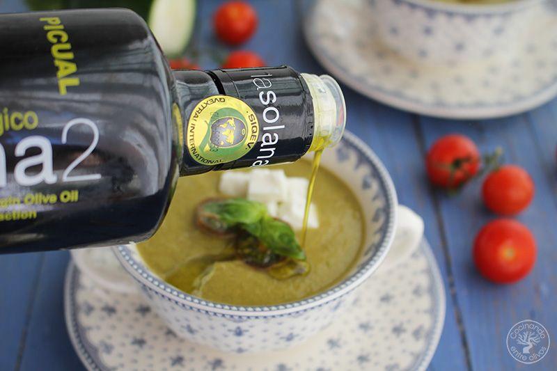Gazpacho de calabacin con queso www.cocinandoentreolivos.com (11)