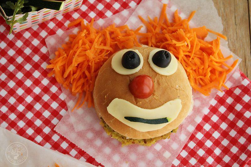Hamburguesa payaso de garbanzos y calabacin www.cocinandoentreolivos.com (2)