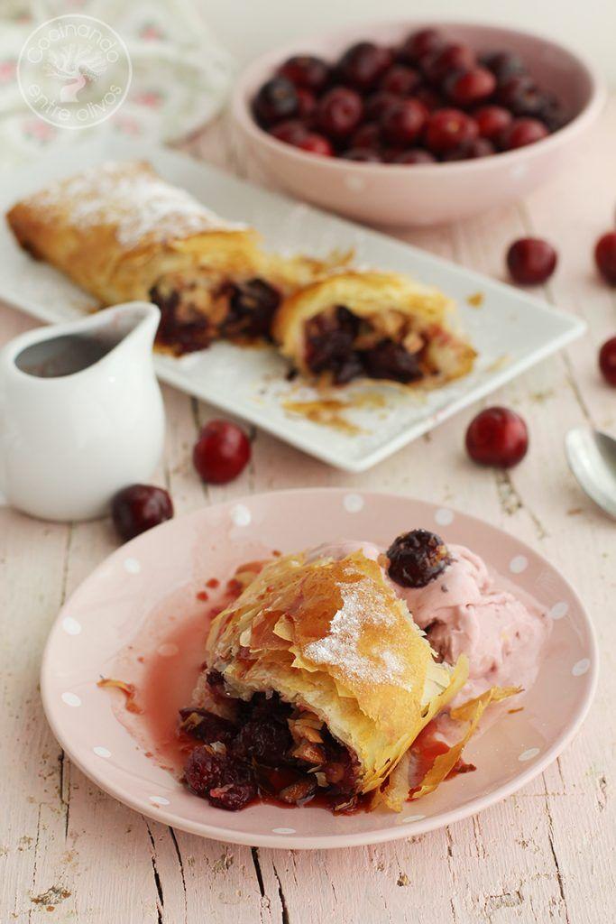 Strudel de cerezas y almendras www.cocinandoentreolivos.com (15)