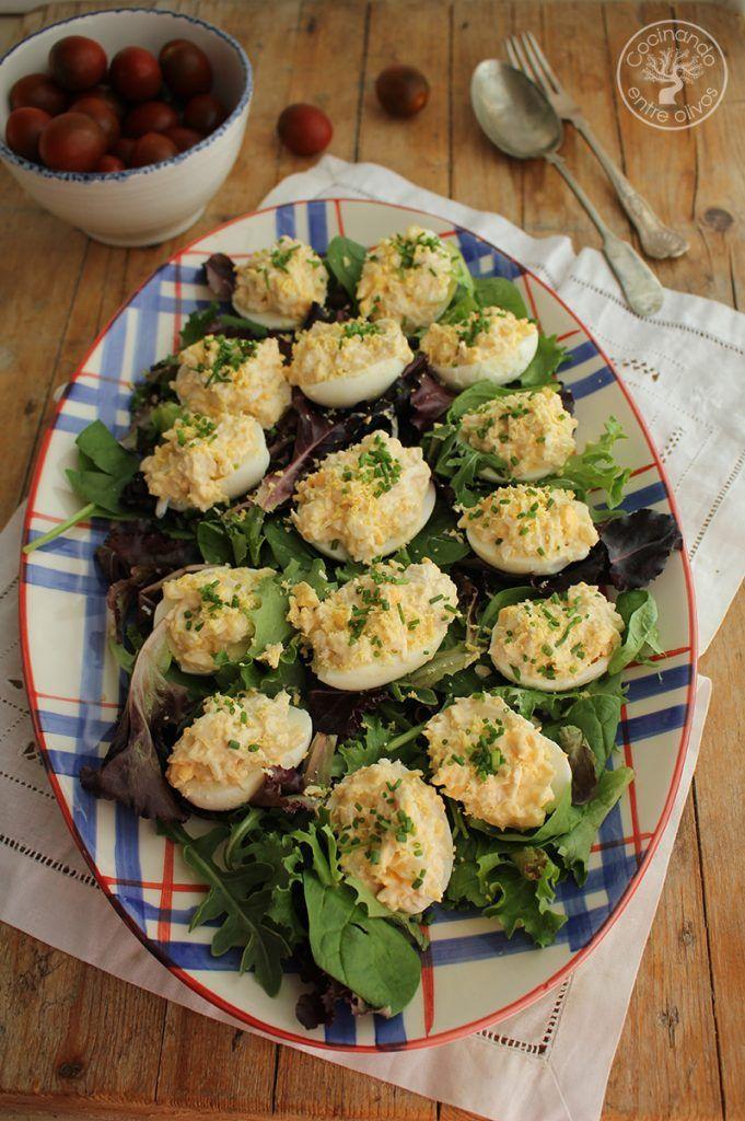 Huevos rellenos de pollo www.cocinandoentreolivos.com (12)