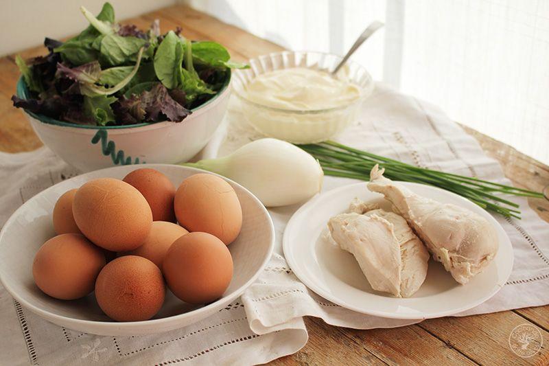 Huevos rellenos de pollo www.cocinandoentreolivos.com (15)
