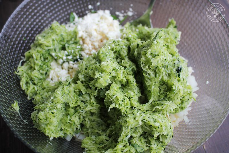 Albóndigas griegas de calabacín receta (13)