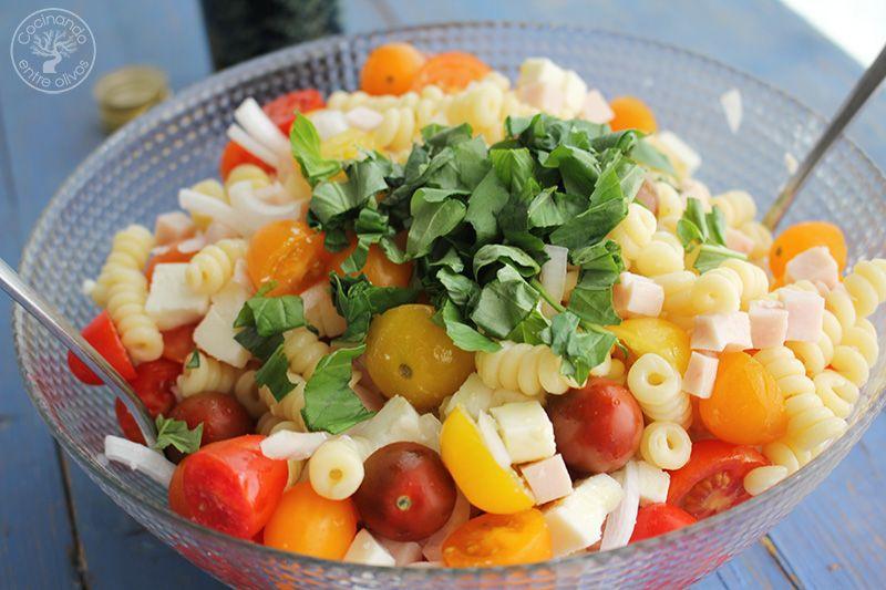 Ensalada de pasta receta www.cocinandoentreolivos.com (11)