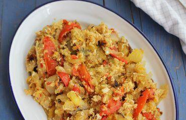 Revuelto de patatas, cebolla y pimientos rojos y amarillos (3)