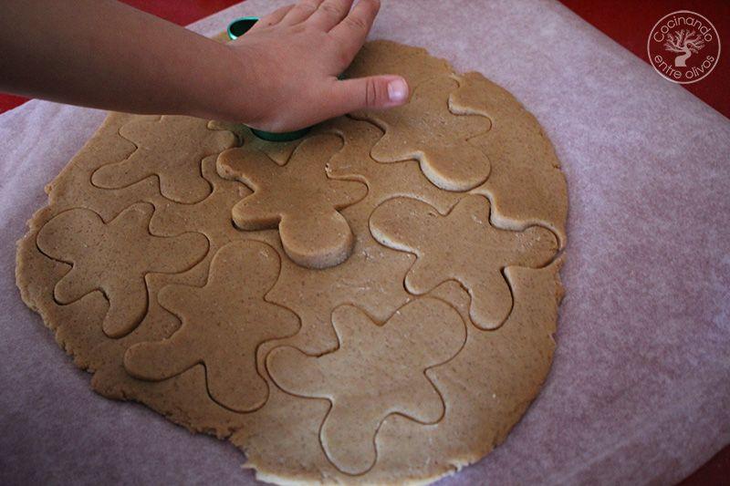 Como hacer galletas de jengibre para Navidad (10)