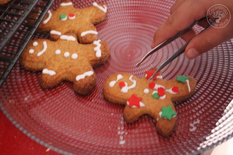 Como hacer galletas de jengibre para Navidad (15)