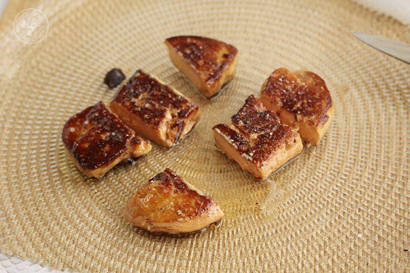 Volovanes rellenos de manzana caranelizada y foie gras (12)