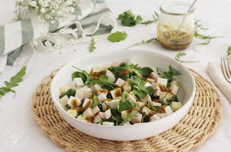 Ensalada-de-manzana,-pavo-y-queso-fresco-con-vinagreta-de-mostaza-(19)