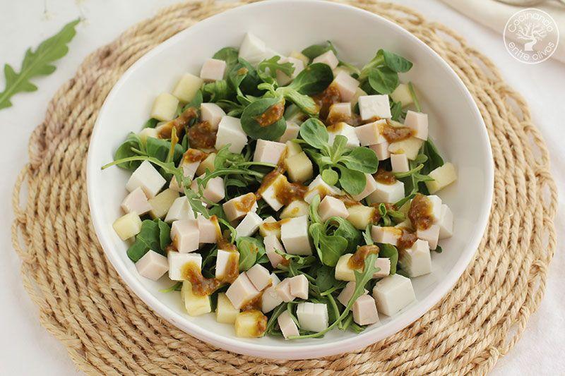 Ensalada-de-manzana,-pavo-y-queso-fresco-con-vinagreta-de-mostaza-(21)