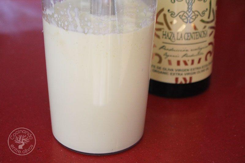 Patatas-con-alioli-de-leche-y-flarrosquin-(11)