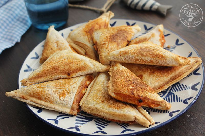Empanadillas-de-pan-de-molde-en-sandwichera-(13)