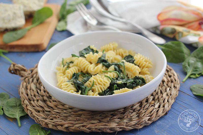 Pasta-con-espinacas-y-queso-azul--(3)