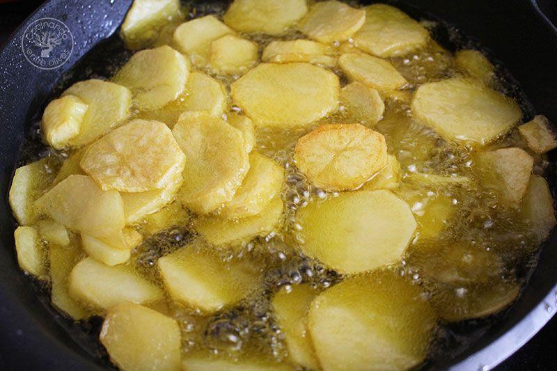 Patatas al ajillo pastor receta de Jaén