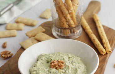 Paté de calabacin con queso azul y nueces