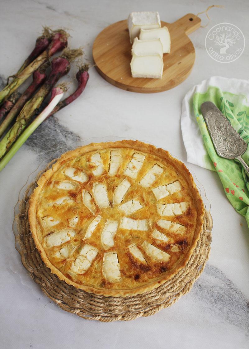 Tarta de ajos frescos y queso