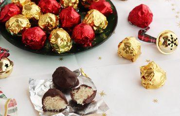 Bolas de coco y chocolate