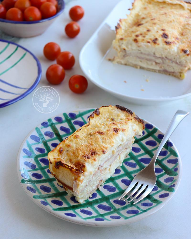 pastel de pan de molde con jamón y queso