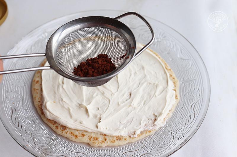 Tarta de crepes de tiramisú
