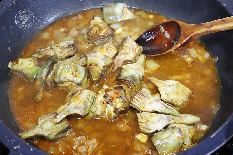Potaje de habichuelas con alcachofas