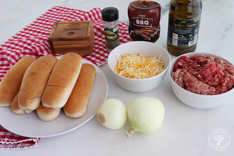 Panecillos rellenos de carne picada y salsa barbacoa